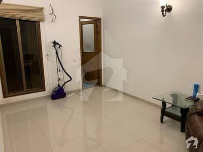 ڈی ایچ اے فیز 7 ایکسٹینشن ڈی ایچ اے ڈیفینس کراچی میں 4 کمروں کا 4 مرلہ مکان 3.5 کروڑ میں برائے فروخت۔