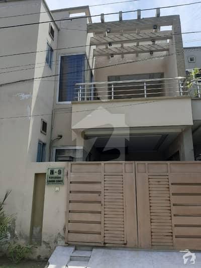 خدا بخش کالونی کینٹ لاہور میں 3 کمروں کا 5 مرلہ مکان 1 کروڑ میں برائے فروخت۔