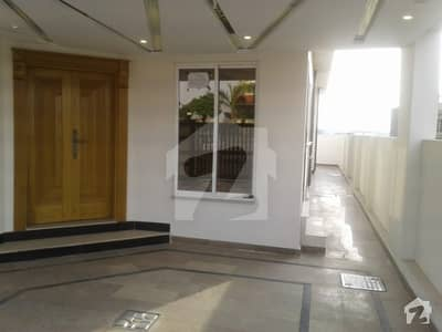 Brand New 10 Marla House For Rent In Block E Phase Viii