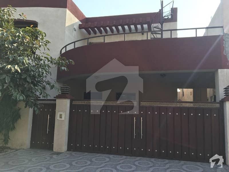 عسکری 10 - سیکٹر سی عسکری 10 عسکری لاہور میں 4 کمروں کا 10 مرلہ مکان 72 ہزار میں کرایہ پر دستیاب ہے۔