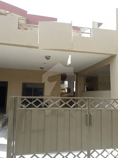عسکری 10 - سیکٹر اے عسکری 10 عسکری لاہور میں 4 کمروں کا 10 مرلہ مکان 70 ہزار میں کرایہ پر دستیاب ہے۔