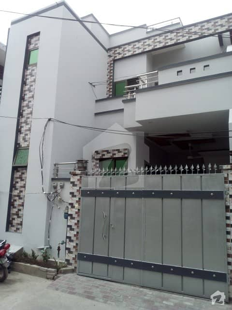 شادمان کالونی گجرات میں 5 کمروں کا 5 مرلہ مکان 1.05 کروڑ میں برائے فروخت۔