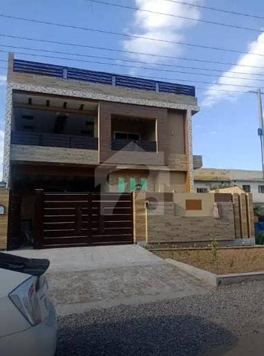 10 Marla Fresh House In F9 Sector Is For Sale