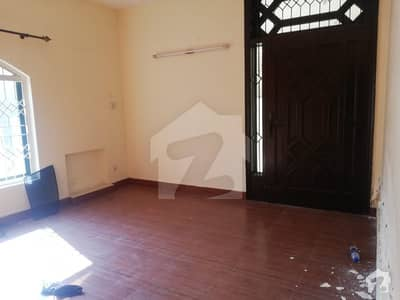 Beautiful Location 10 Marla Lower Portion Are Available For Rent In Phase 4