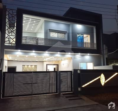 10 Marla Luxurious Elevation And Construction For Sale S Block