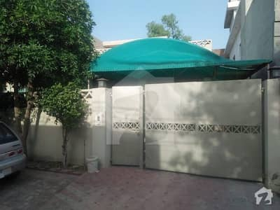 11 Marla House For Sale In Sakhi Sultan Colony, Best Construction.