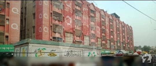 بفر زون - سیکٹر 15اے / 1 بفر زون نارتھ کراچی کراچی میں 3 کمروں کا 6 مرلہ فلیٹ 25 ہزار میں کرایہ پر دستیاب ہے۔