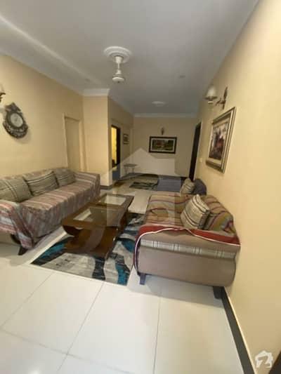 ڈی ایچ اے فیز 2 ڈی ایچ اے کراچی میں 3 کمروں کا 8 مرلہ فلیٹ 2.25 کروڑ میں برائے فروخت۔