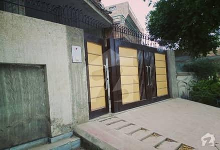 چک 82 / 6R ساہیوال میں 4 کمروں کا 14 مرلہ مکان 35 ہزار میں کرایہ پر دستیاب ہے۔