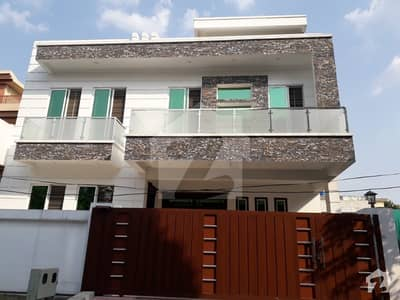 I-8 Beautiful 10 Marla Brand New Double Storey For Sale.