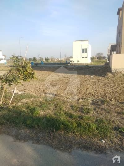 P Block Plot No 54 For Sale Direct Approach To Park Near To Main Road