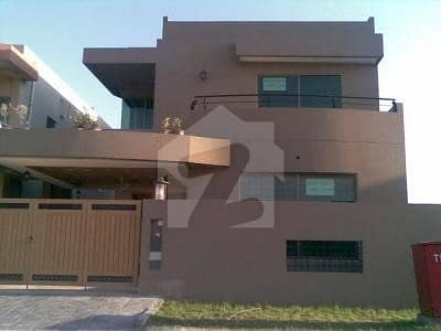10 Marla Luxury And Spacious House For Sale In Bahria Town Phase 8