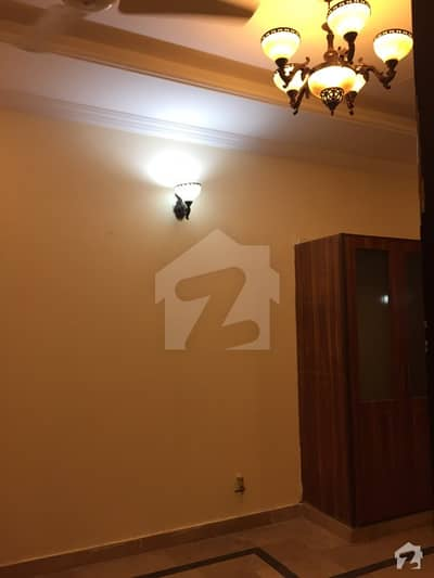 Separate Room Attached Bathroom Available For Rent