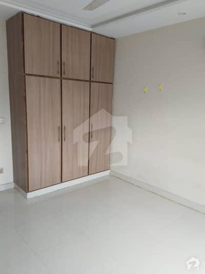 ڈی ایچ اے 11 رہبر فیز 2 - بلاک ایل ڈی ایچ اے 11 رہبر فیز 2 ڈی ایچ اے 11 رہبر لاہور میں 3 کمروں کا 5 مرلہ مکان 40 ہزار میں کرایہ پر دستیاب ہے۔