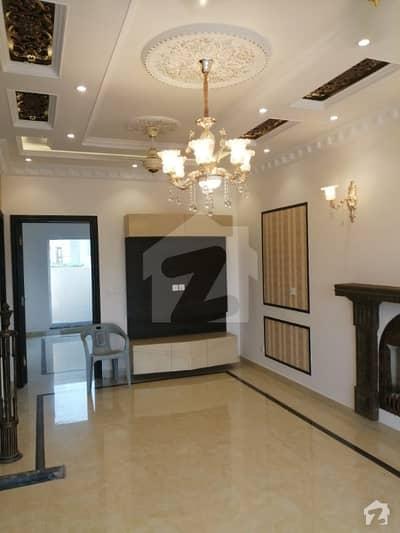 ڈی ایچ اے 11 رہبر لاہور میں 3 کمروں کا 5 مرلہ مکان 44 ہزار میں کرایہ پر دستیاب ہے۔