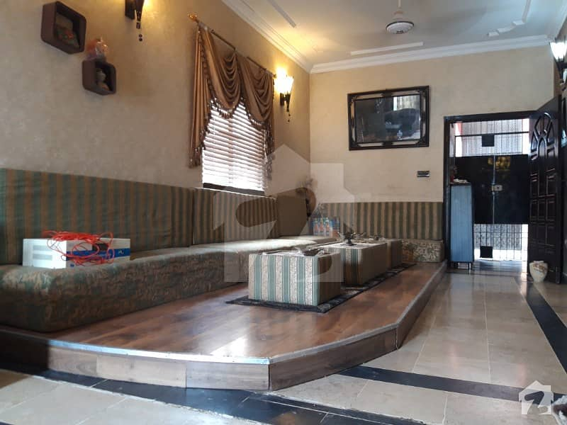 Lavish 4 Bedrooms Apartment Available For Sale