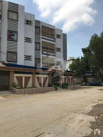 عامل کالونی کراچی میں 4 کمروں کا 7 مرلہ فلیٹ 2.5 کروڑ میں برائے فروخت۔