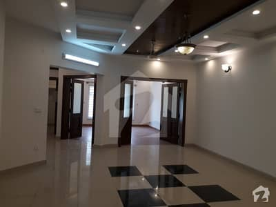 10 Marla Excellent House Available For Sale In Bahria Town Rawalpindi.