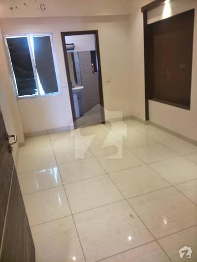 نشاط کمرشل ایریا ڈی ایچ اے فیز 6 ڈی ایچ اے کراچی میں 2 کمروں کا 5 مرلہ فلیٹ 1.25 کروڑ میں برائے فروخت۔