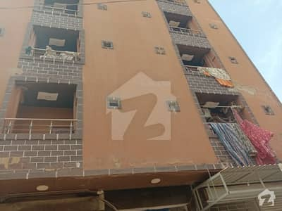 پاک کالونی سندھ انڈسٹریل ٹریڈنگ اسٹیٹ (ایس آئی ٹی ای) کراچی میں 4 کمروں کا 4 مرلہ فلیٹ 55 لاکھ میں برائے فروخت۔