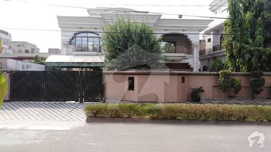 42 Marla Double Storey House For Sale In Rachna Block Of Allama Iqbal Lahore