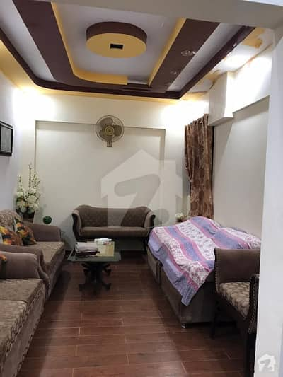 5 Rooms Paint House Apartment On 4th Floor In Nazimabad Block J 72 Lac Mai