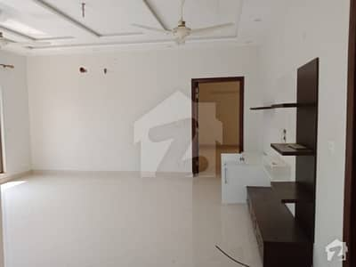One Kanal Upper Portion For Rent In Dha Phase 3 Top Location