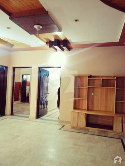 پی جی ای سی ایچ ایس فیز 1 پنجاب گورنمنٹ ایمپلائیز سوسائٹی لاہور میں 2 کمروں کا 5 مرلہ زیریں پورشن 25 ہزار میں کرایہ پر دستیاب ہے۔
