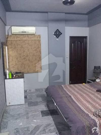 آئی آئی چندڑیگر روڈ کراچی میں 4 کمروں کا 4 مرلہ فلیٹ 90 لاکھ میں برائے فروخت۔