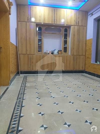حیات آباد فیز 7 - ای5 حیات آباد فیز 7 حیات آباد پشاور میں 8 کمروں کا 5 مرلہ مکان 2.5 کروڑ میں برائے فروخت۔