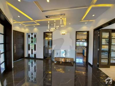 Leads 1 Kanal Beautiful Bungalow In Dha Phase 5