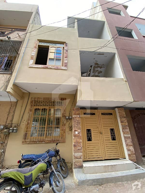 A Very Well Maintained 60 Sq Yards Ground + 2 Unit House For Sale In Gulistan-e-jauhar Block 12 Karachi