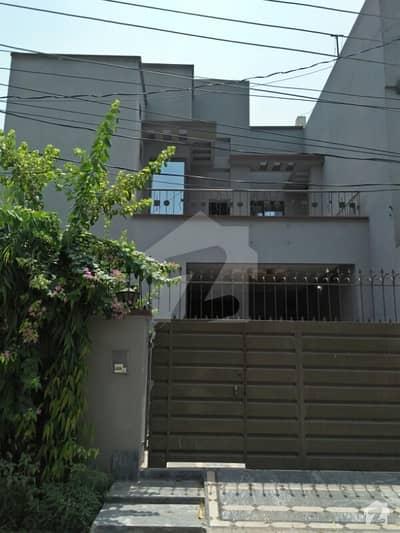علی پارک کینٹ لاہور میں 3 کمروں کا 6 مرلہ مکان 1.2 کروڑ میں برائے فروخت۔