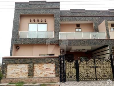 خیابان-اے-منظور فیصل آباد میں 6 مرلہ مکان 1 کروڑ میں برائے فروخت۔