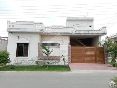 خیابان-اے-منظور فیصل آباد میں 6 مرلہ مکان 65 لاکھ میں برائے فروخت۔