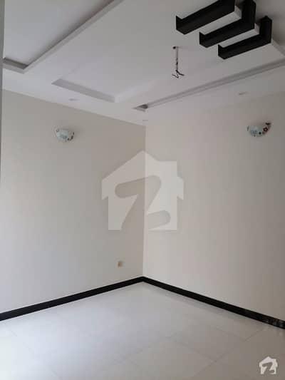 علی پارک کینٹ لاہور میں 3 کمروں کا 4 مرلہ مکان 36 ہزار میں کرایہ پر دستیاب ہے۔
