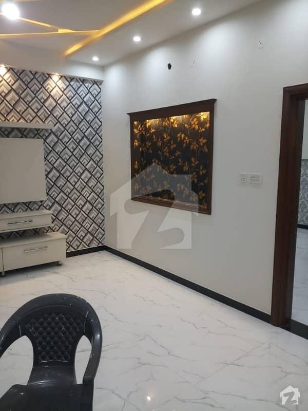 ایڈن ایگزیکیٹو ایڈن گارڈنز فیصل آباد میں 4 کمروں کا 5 مرلہ مکان 50 ہزار میں کرایہ پر دستیاب ہے۔