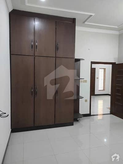 الرزاق رائلز ساہیوال میں 5 کمروں کا 5 مرلہ مکان 92 لاکھ میں برائے فروخت۔