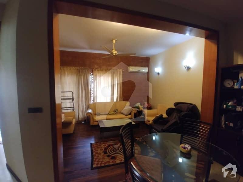 ڈی ایچ اے فیز 3 - بلاک ڈبلیو فیز 3 ڈیفنس (ڈی ایچ اے) لاہور میں 3 کمروں کا 7 مرلہ مکان 2.15 کروڑ میں برائے فروخت۔