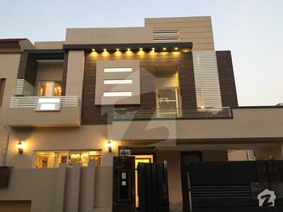 10 Marla Double Storey House For Rent In Bahria Town Lahore