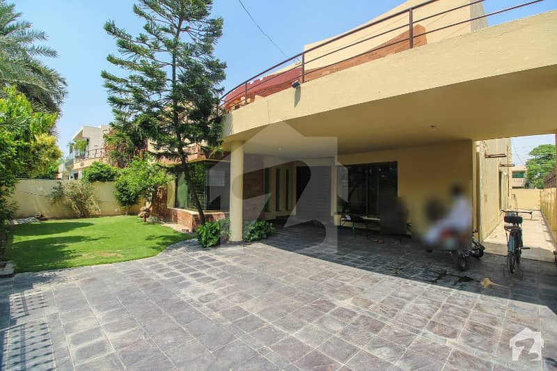 One Kanal House For Rent In Dha Phase 4