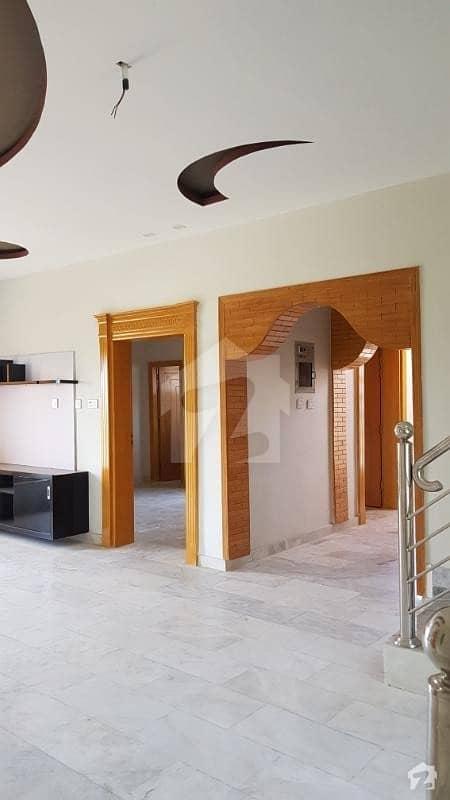 ورسک روڈ پشاور میں 6 کمروں کا 7 مرلہ مکان 1.7 کروڑ میں برائے فروخت۔