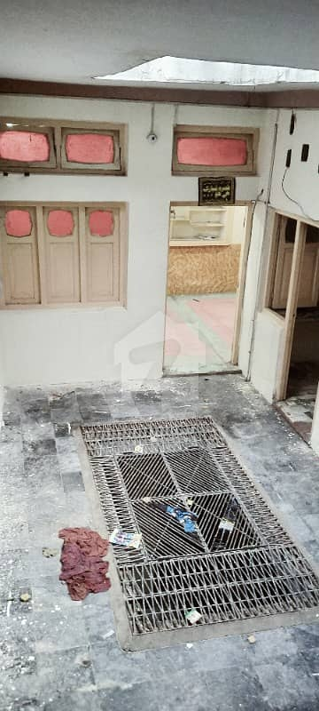 7 Rooms House Is Available For Rent In Hashtnagri