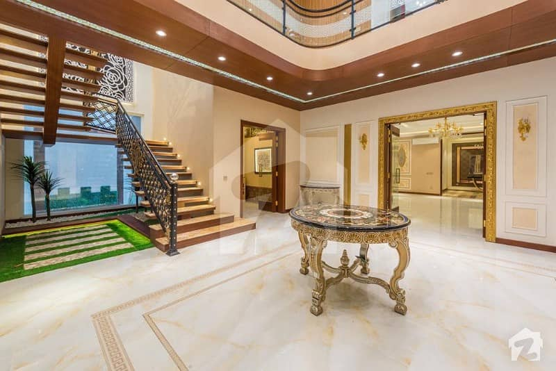 Superb 1 Kanal House Is For Sale In Dha Lahore
