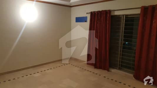 1 Kanal House For Sale Like Brand New Type
