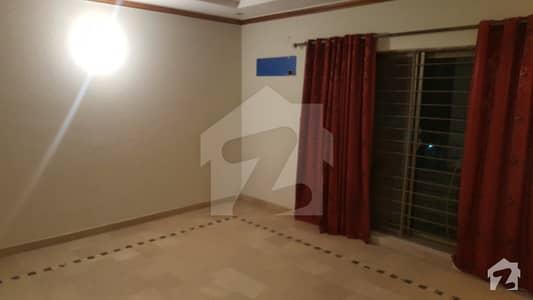 پی جی ای سی ایچ ایس فیز 1 - بلاک بی 2 پی جی ای سی ایچ ایس فیز 1 پنجاب گورنمنٹ ایمپلائیز سوسائٹی لاہور میں 6 کمروں کا 1 کنال مکان 3.5 کروڑ میں برائے فروخت۔