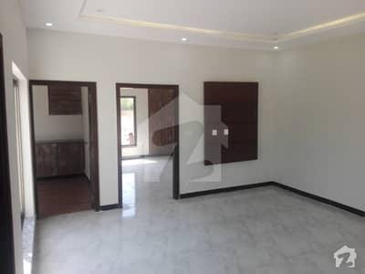 الکبیر ٹاؤن اپارٹمنٹ ہومز الکبیر ٹاؤن رائیونڈ روڈ لاہور میں 1 کمرے کا 3 مرلہ فلیٹ 33.5 لاکھ میں برائے فروخت۔