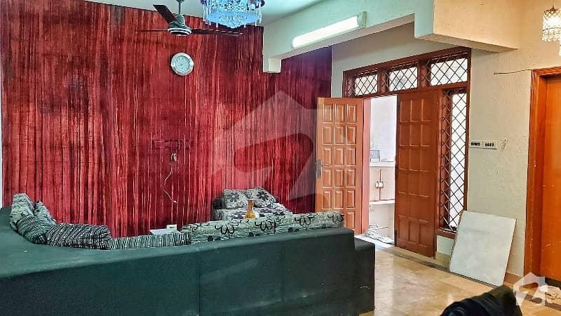 ٹیپو سلطان روڈ کراچی میں 4 کمروں کا 6 مرلہ مکان 5.1 کروڑ میں برائے فروخت۔