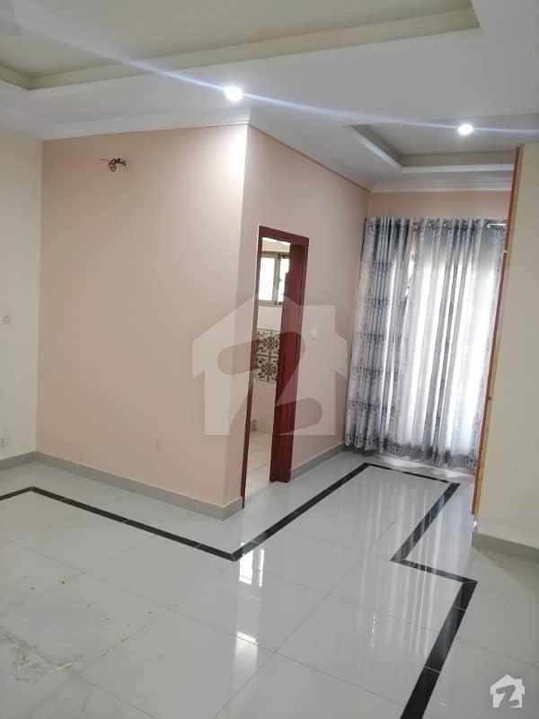 جی ۔ 15 اسلام آباد میں 3 کمروں کا 12 مرلہ بالائی پورشن 40 ہزار میں کرایہ پر دستیاب ہے۔