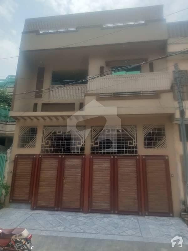 حیات آباد فیز 7 - ای5 حیات آباد فیز 7 حیات آباد پشاور میں 8 کمروں کا 5 مرلہ مکان 2.3 کروڑ میں برائے فروخت۔